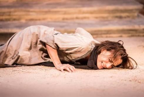 Kristin Scott Thomas as Electra.