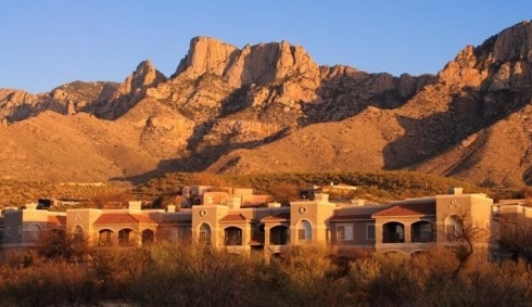 Vacation rental complex with the Catalina Mtns in the background.