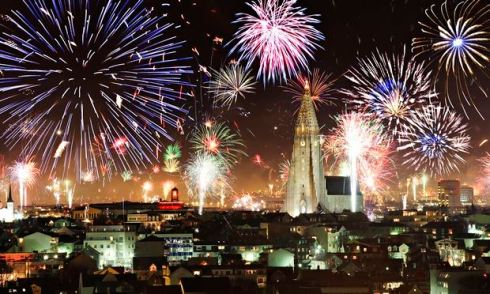 Fireworks in Reykjavik (internet photo).